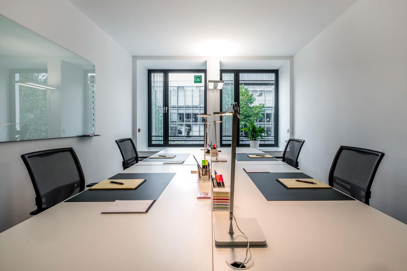 Duesseldorf Berliner Allee Büro