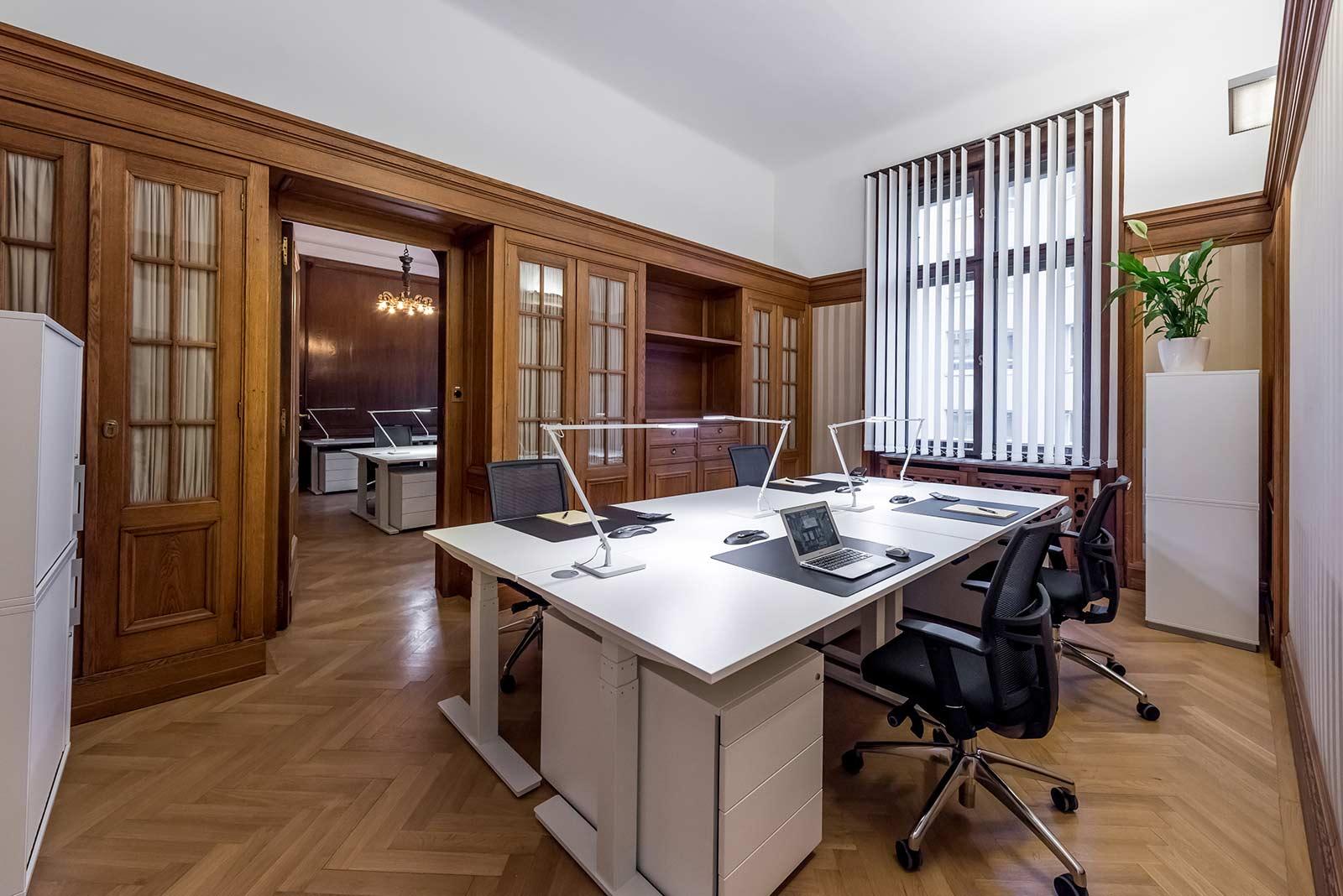 Wien WorkRepublic Büro Mittel