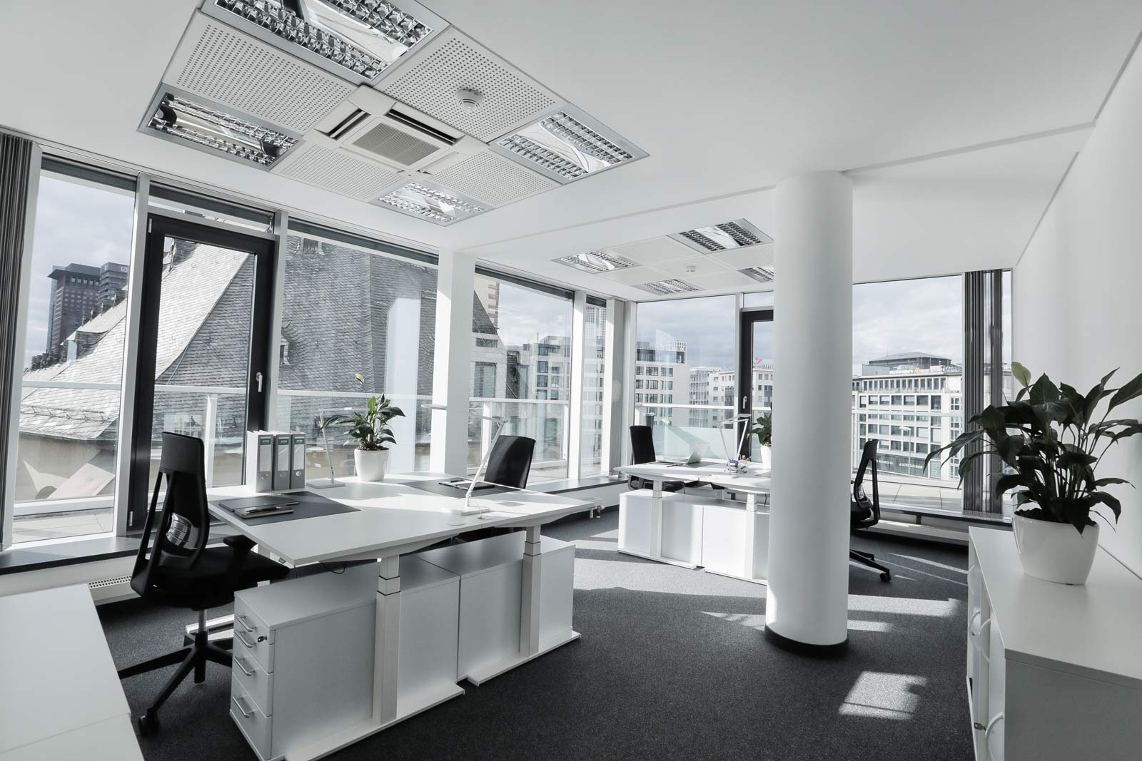 Frankfurt Hauptwache Team Büro